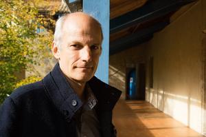 Jörn Cambreleng, directeur de l'association ATLAS (Association pour la promotion de la traduction littéraire) et du Collège international des traducteurs littéraires (CITL).