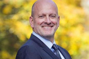 Docteur Éric Henry, président de l'association Soins pour les professionnels en santé (SPS)