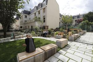 Le jardin Berthe-Weill (IIIe).