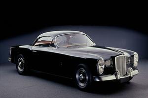 La Bentley Mark VI réalisée par les ateliers Facel-Metallon.