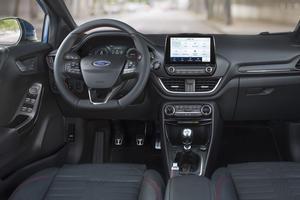 L'intérieur du Ford Puma.