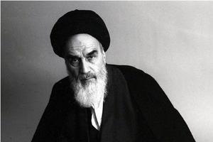 Le Guide suprême, l'Ayatollah Khomeiny.