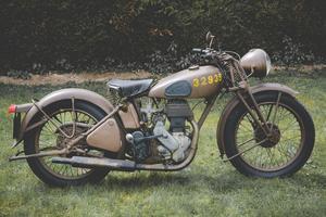 Une Norton Big Four de 1941, estimée entre 6 000- et 7 500 €.