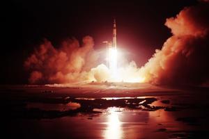 Le 7 décembre 1972, pour la dernière fois, les astronautes américains embarquent dans la Saturn V dans le but de poser pied sur la Lune.