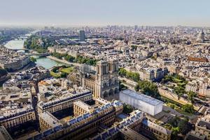 Chaque année, la cathédrale accueille 13millions de visiteurs venus du monde entier.