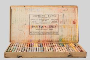 La boîte de pastels de Jean Moulin, officiellement galeriste à Nice.