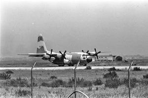 L'un des quatre C-130 qui ont participé au raid.