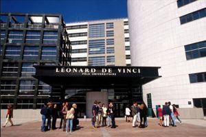 Le CFA Léonard de Vinci est proche des sièges sociaux de la Défense. Facebook/©CFA Léonard de Vinci