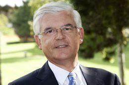 Pour Hervé Biausser, directeur de CentraleSupélec, le projet rate sa cible.