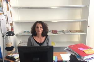 Carole Wiard est coordinatrice du centre d'appel de CPE-IDF.