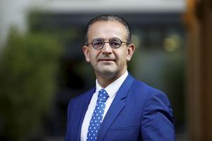Directeur de l'Essec, Vincenzo Esposito Vinzi préside le concours Sésame.