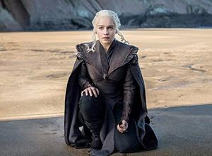 Emilia Clarke dans Game of Thrones, série HBO sur OCS Go.
