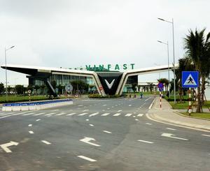 L'usine d'autos Vin Fast, fierté nationale.
