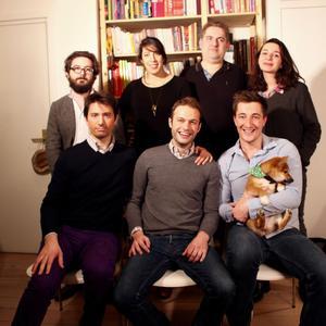 L'équipe de CitizenDoc: deux ingénieurs, trois médecins, un directeur général et Arthur André en bas au centre, président de la start-up.