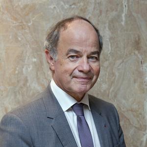 P <sup>r</sup> Claude Jeandel.