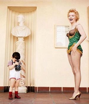 Divine Marilyn, portraits intimes de l'éternel féminin