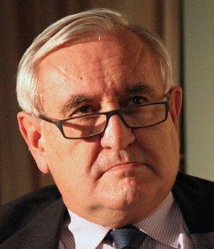 Jean-Pierre Raffarin est resté fidèle à l'ESCP Europe.