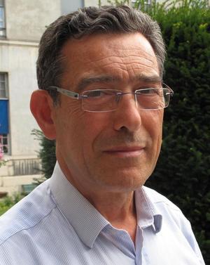 Dr Pierre Canouï