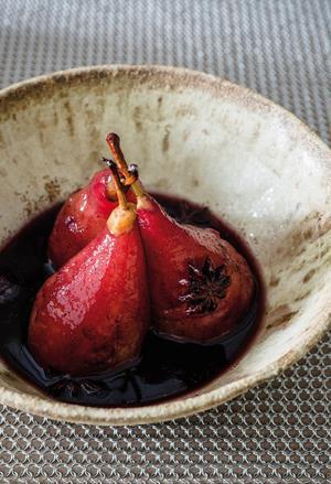 Les poires au sirop, dessert favori de la reine Catherine de Médicis.