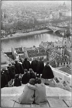 Cartier-Bresson, Vue des tours de Notre-Dame (1952).