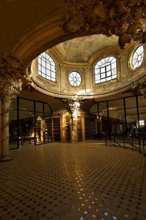 Les locaux d'Henri IV sont situés dans une ancienne abbaye royale.