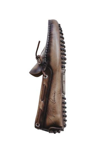 Un modèle «Curie» de mocassins signés Louis Sarkozy pour la marque espagnole Boonper.