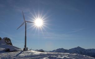 Les domaines skiables misent sur l'énergie verte pour préserver la montagne