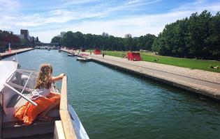 Croisière sur le canal Saint-Denis (93).