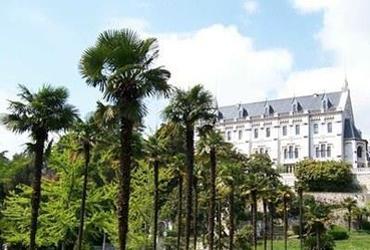 Le siège de l'Université de Nice se trouve dans le château de Valrose.