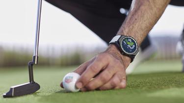 TAG Heuer attaque les greens avec une montre connectée 100% golf
