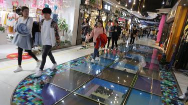 L'économie chinoise s'offre un répit sur fond de ralentissement