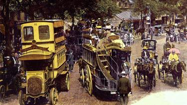 Connaissez-vous l'histoire des bus parisiens?