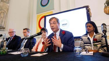 Royaume-Uni: Nigel Farage et son Parti du Brexit, un pavé dans la mare des européennes