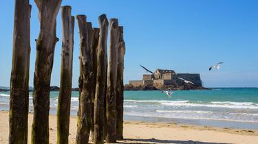 Les Français préfèrent de plus en plus les vacances en France