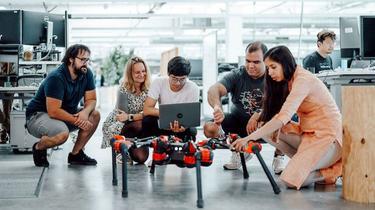 Facebook dévoile ses premiers robots