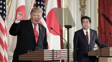 Shinzo Abe et Donald Trump, amis malgré de coûteux différends