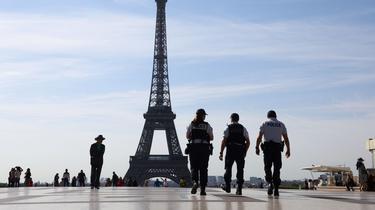 Tourisme : 4000 policiers et gendarmes mobilisés cet été, vigilance accrue à Paris