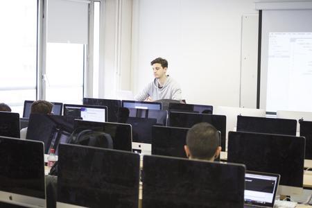 Les étudiants de 3 ème année, peuvent se former en alternance chez Sup de web.