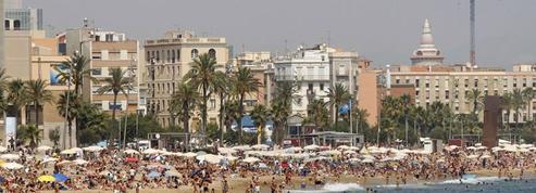 Barcelone: les habitants ulcérés par les excès des jeunes touristes