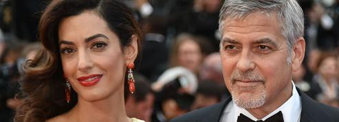 Les époux Clooney vont offrir leur scolarité à 3000 réfugiés syriens au Liban