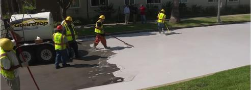 Pour lutter contre la chaleur, Los Angeles repeint ses rues en blanc