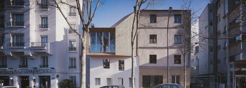 Deux maisons, deux surélévations en bois: faites votre choix !