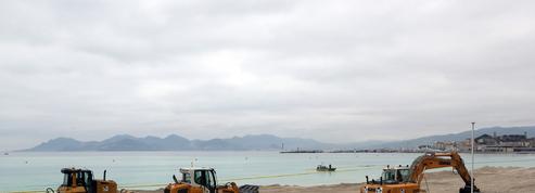 Cannes agrandit sa plage pour y installer de nouveaux restaurants