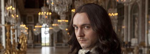 George Blagden (Versailles ): «Je suis fier d'avoir vécu dans la peau de Louis XIV!»