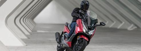 Honda soigne les prestations du Forza 125