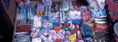 Contrefaçon de médicaments: des centaines de milliers de morts chaque année