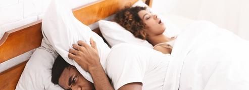 Les femmes ronflent autant que les hommes et c'est plus grave qu'on ne le pense