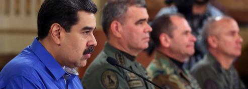 Venezuela: Maduro dit avoir mis en échec le putsch, Guaido appelle à la manifestation