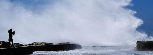 Vague d'intempéries en France: une touriste allemande emportée par les vagues en Corse