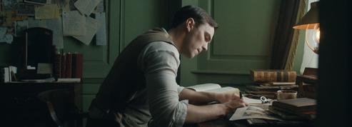 Tolkien: le réalisateur du biopic s'explique sur les libertés prises dans son film
